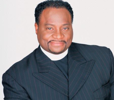 Bishop Eddie Long Sued Over Alleged Ponzi Scheme