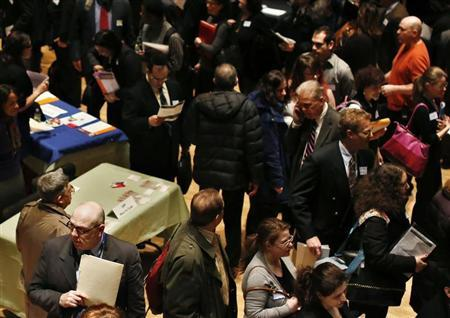 Jobless Claims Hint at Strengthening Labor Market