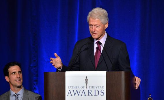 """Bill Clinton Suggests Obama Risks Looking Like a """"Wuss"""" and """"Total Fool"""" on Syria"""