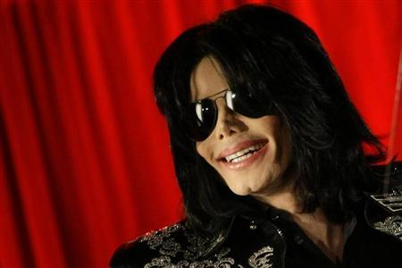 U.S. Agency Says Michael Jackson Estate Owes $702 Million in Taxes