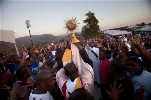 Thousands at Religious Summit in Haiti