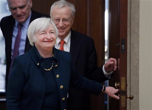 Fed Set to Roll Out New Low-Rate Pledge