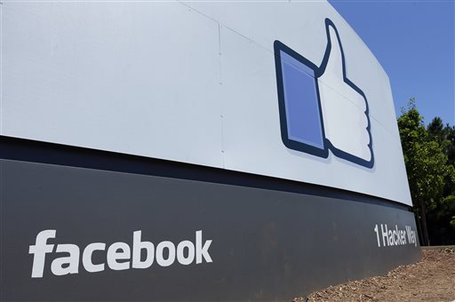 Facebook 1Q Results Soar; CFO to Step Down