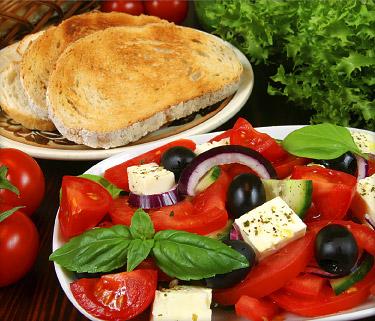 Mediterranean Diet May Slow Diabetes Progression