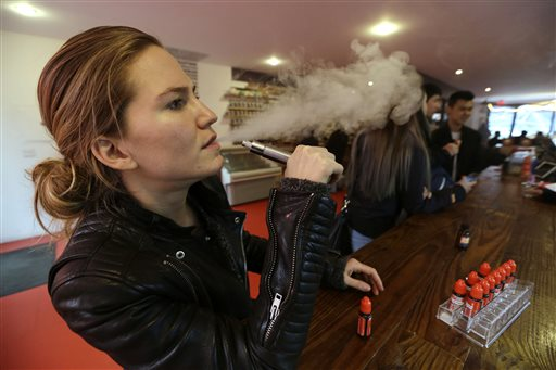Users Bemoan e-Cigarette Laws in NYC, Chicago