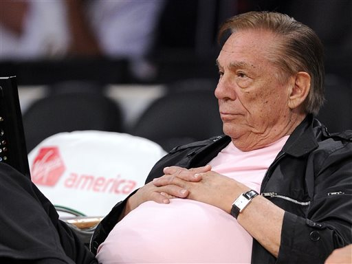 Clippers' Sterling Apologizes, Says 'Not a Racist'