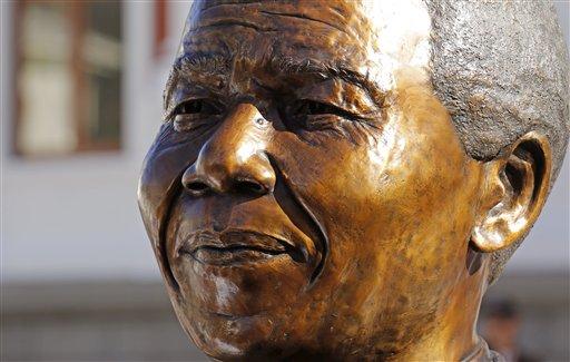 South Africa Celebrates Mandela, 20 Years of Democracy