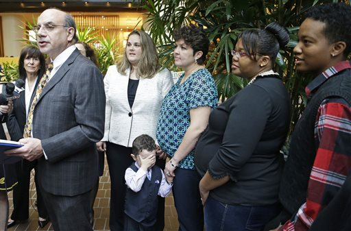 Judge Considers Staying Ohio Gay Marriage Ruling