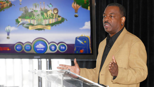 LeVar Burton Hits Kickstarter Goal for 'Reading Rainbow' in Less Than A Day