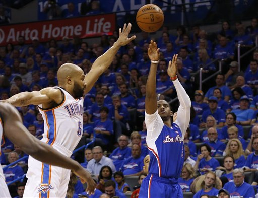 Paul Scores 32; Clippers Roll Past Thunder 122-105