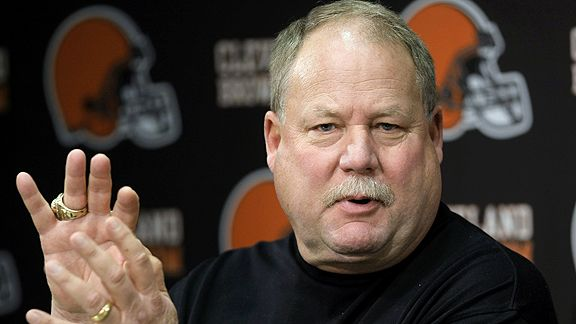 Mike Holmgren Says Redskins 'Absolutely' Should Change Their Name