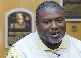Tony Gwynn, Baseball Hall of Famer, Dies at 54