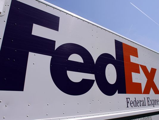 FedEx Charged with Assisting Illegal Pharmacies