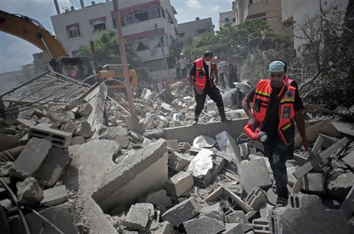 New Attacks Disrupt Holiday Lull in Gaza Fighting; U.N. Calls for Truce