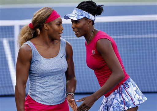Venus Williams Aims to Deny Sister Serena Place in History at U.S. Open