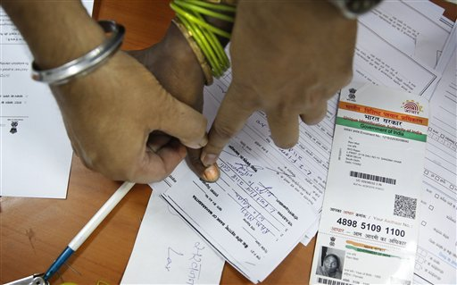 India Urges Millions of Poor to Open Bank Accounts
