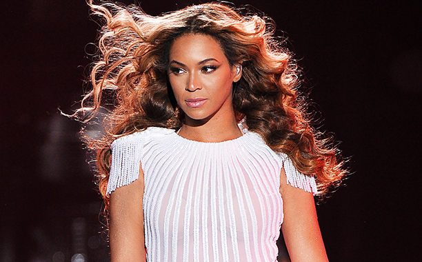 STREAM: Beyonce's Self-Titled Album Finally Released on Spotify with Platinum Edition