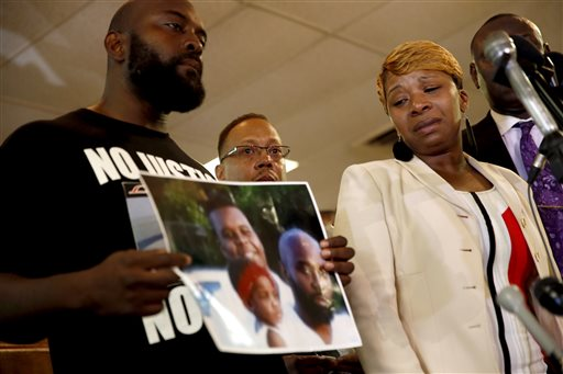 Attorney: New Audio Reveals Pause in Gunfire When Michael Brown Was Shot