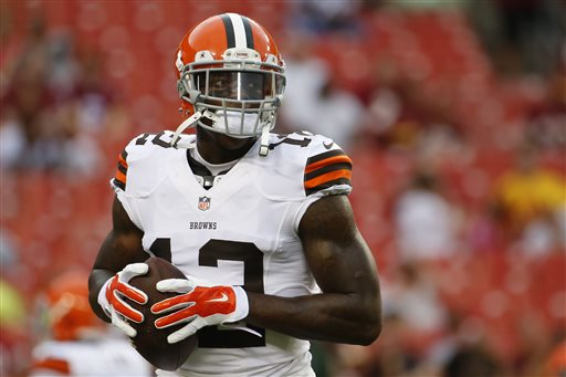 Source: Gordon Files Grievance Against Browns for Suspension