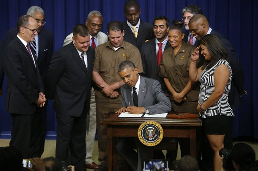Obama Order Presses Contractors to Obey Labor Laws
