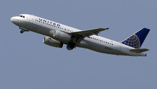 United Airlines Will Let You Fly Free if You Find Bugs in its Software