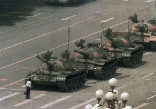 Hong Kong vs. Tiananmen: Social Media Fuel 'Umbrella Revolution'