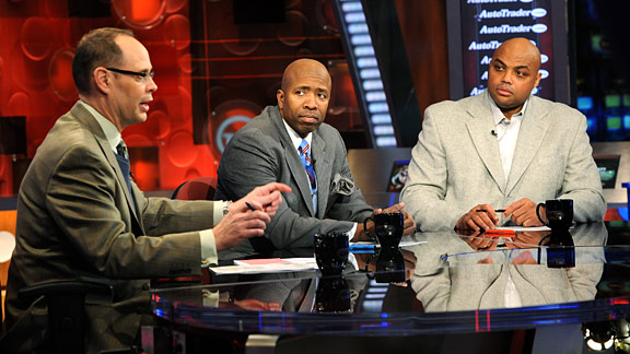 Kenny Smith's Open Letter to Charles Barkley About Ferguson