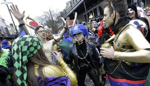 Mardi Gras: Last Tipsy Revelers Sent Home, Trash Swept Up