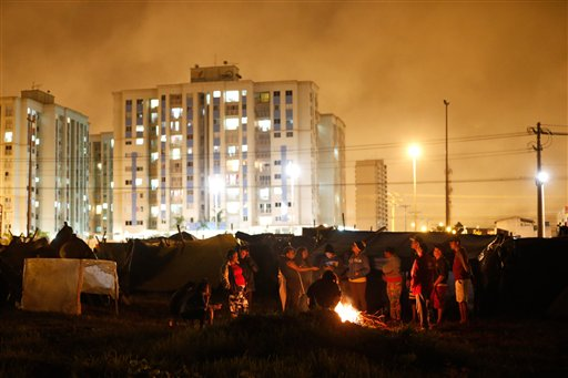 AP PHOTOS: 3,000 Homeless to Leave Areas Seized in Brasilia