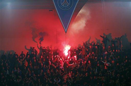Chelsea Fans in Paris Prevent Black Man from Boarding Train