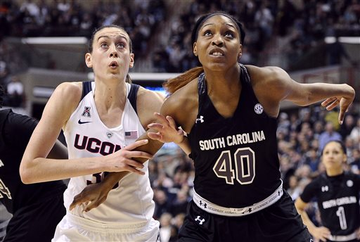 UConn Women Rout South Carolina, Will be New No. 1