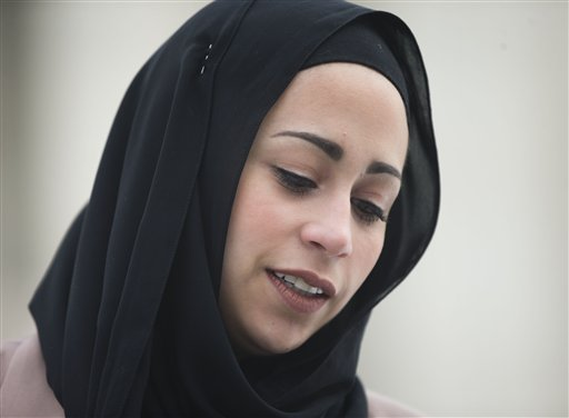 Justices Appear to Favor Muslim Denied Job Over Headscarf