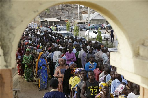 Millions of Nigerians Turn Out to Vote in Presidential Poll