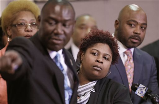 As Investigation Enters Fifth Month, Tamir Rice's Mother Has Moved Into a Homeless Shelter