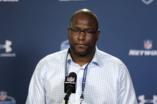NFL Suspends Browns GM for Texting; Team Holds on to Picks