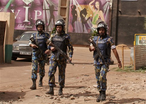 5 Dead, 2 Expats, in Shooting at Restaurant in Mali Capital