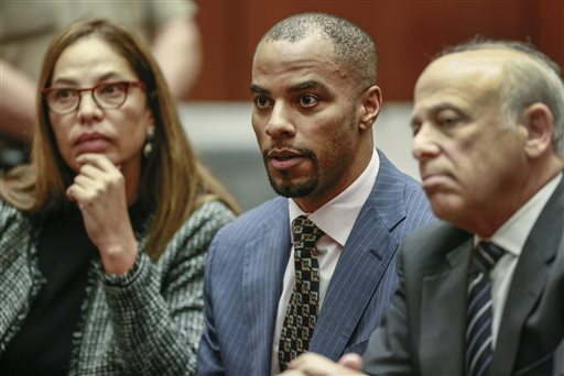Ex-NFL Star Darren Sharper Starts Acknowledging Sex Assaults