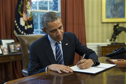 Obama Aims to Clamp Down on Federal Student Loan Servicers