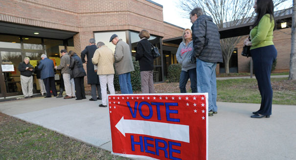 As States Warm to Online Voting, Experts Warn of Trouble Ahead