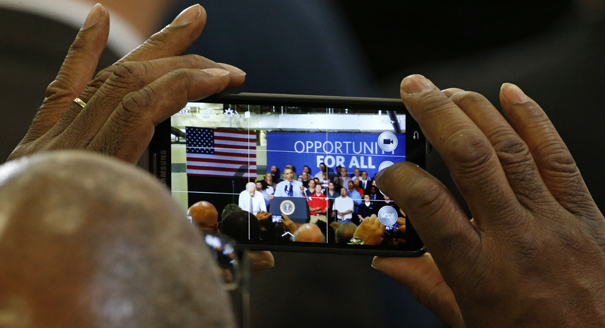 The Mobile Election: How Smartphones Will Change the 2016 Presidential Race