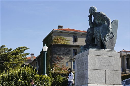Cape Town University Votes for Removal of Colonial Statue