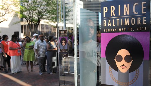 Prince Promotes Peace at Baltimore Show: 'The System Is Broken'