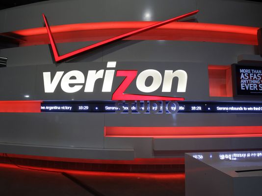 Verizon-AOL: Another Deal Without Big Banks