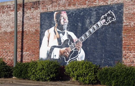 B.B. King Viewing Friday in Vegas Before Mississippi Burial