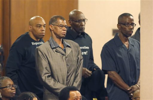 Chicago OKs $5.5M in Reparations for Police Torture Victims