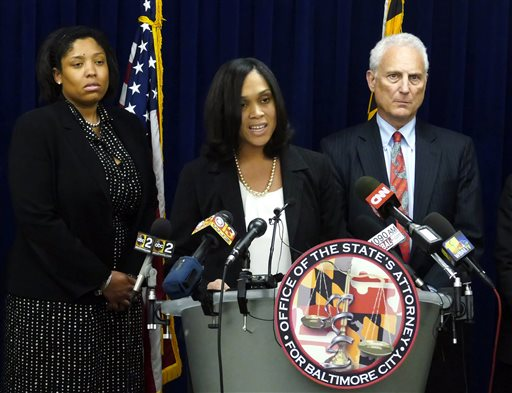 Grand Jury Indicts 6 Officers in Death of Freddie Gray
