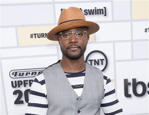 Taye Diggs to Get in Touch with His Feminine Side on Stage