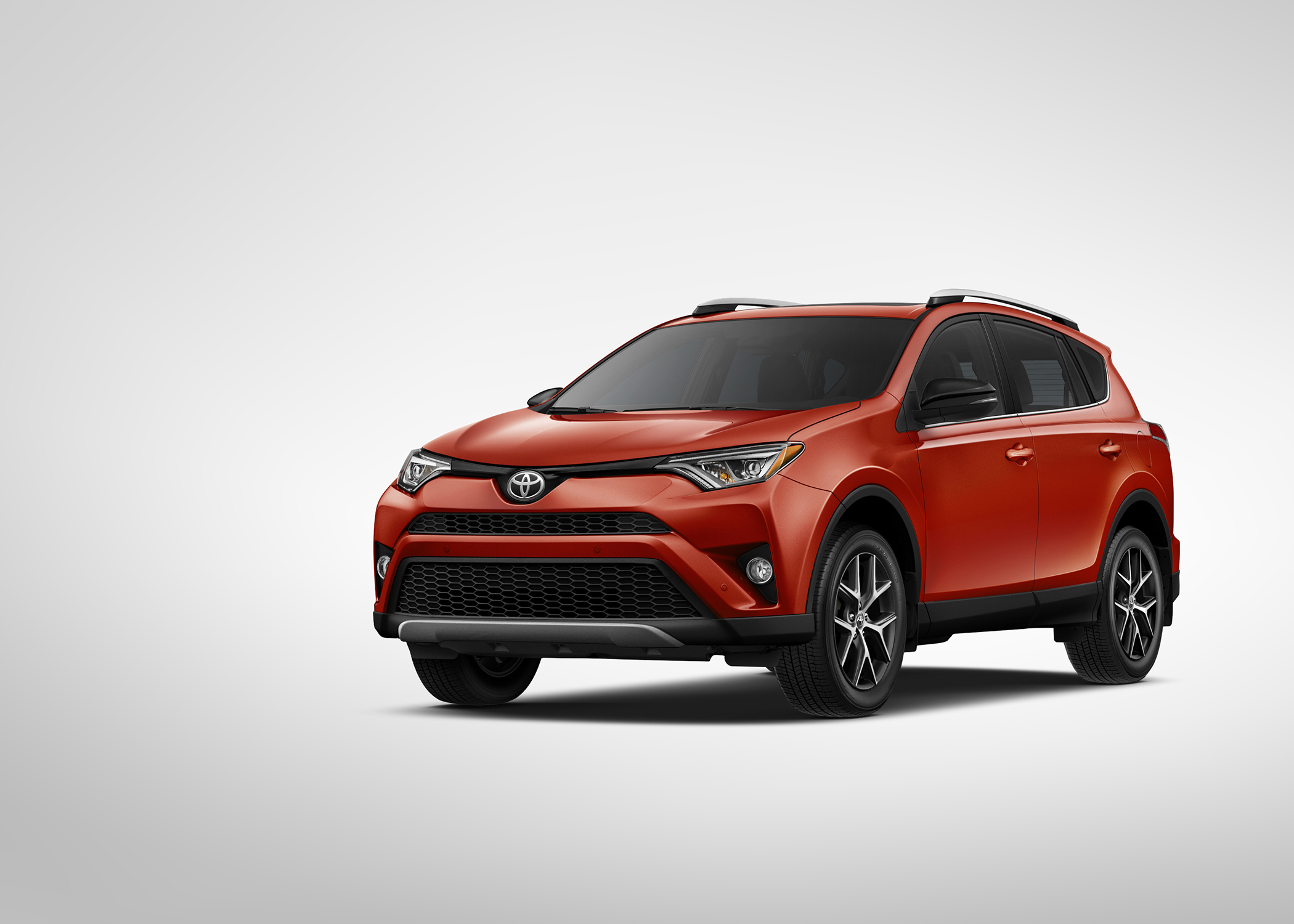 car review 2015 toyota rav4 blackpressusa. Black Bedroom Furniture Sets. Home Design Ideas