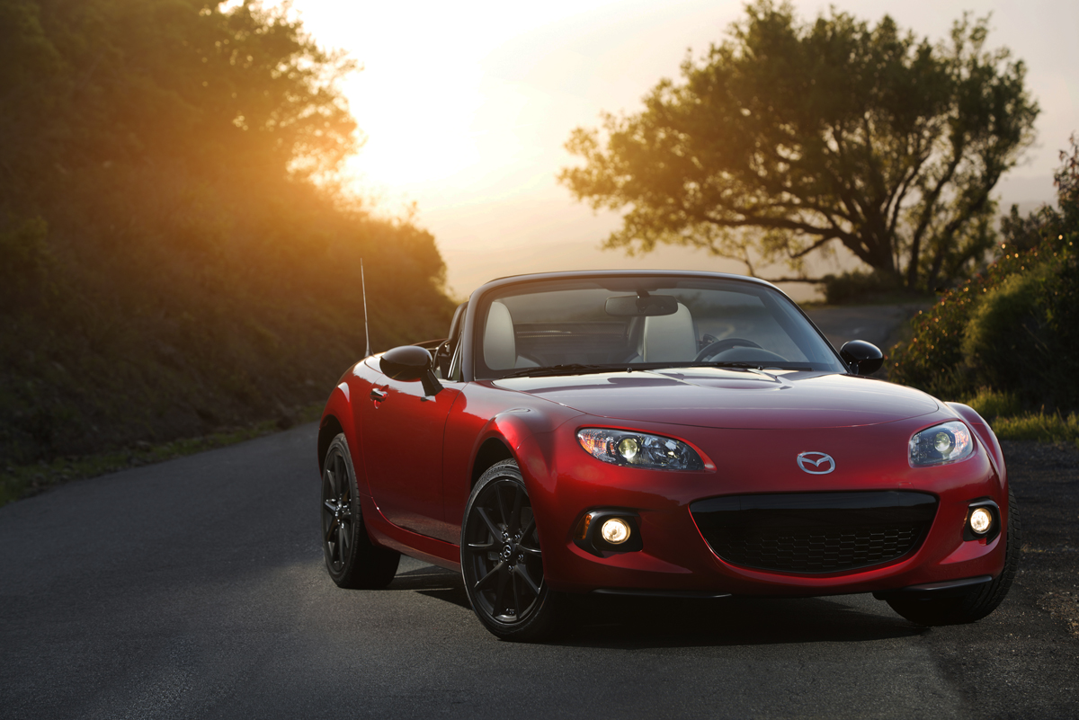 car review 2015 mazda mx 5 miata prht blackpressusa. Black Bedroom Furniture Sets. Home Design Ideas