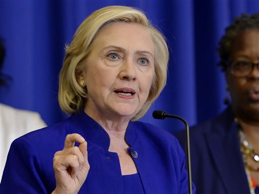 Clinton Linking Her Campaign with Fight for Middle Class